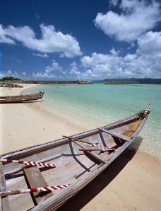海滩和船图片