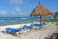 沙滩 大海 遮阳伞 椅子图片