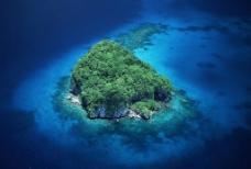 海中小岛图片