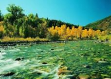 青山流水图片