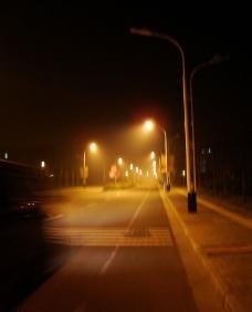 朦胧夜景图片