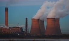 工业烟雾圬染图片