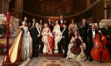 欧洲古典皇室服装音乐团图片